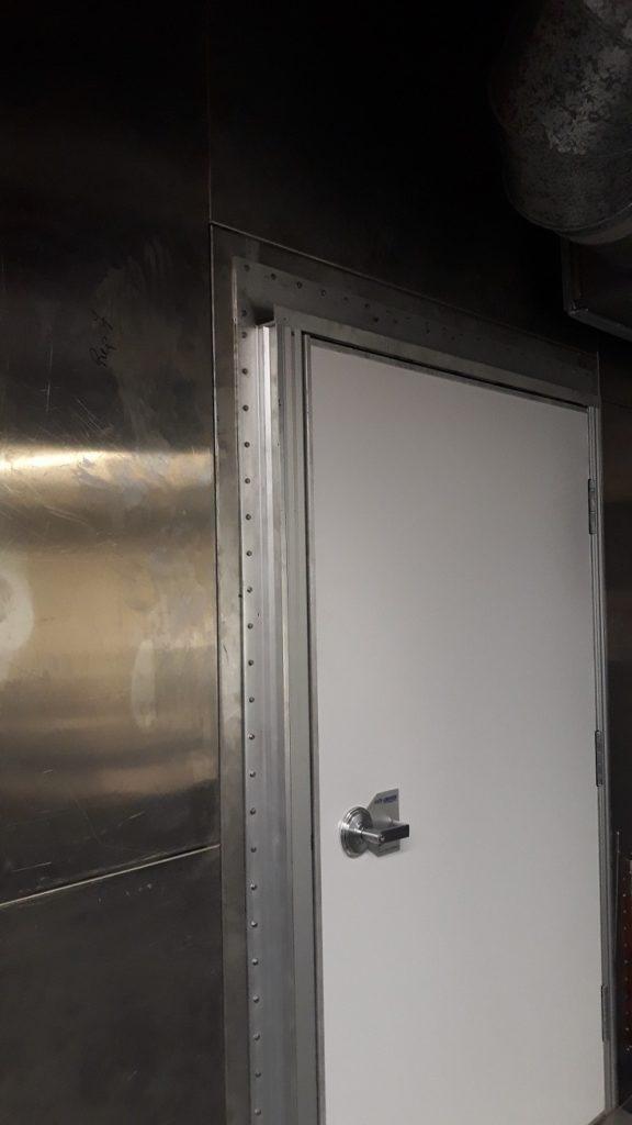 Faraday cage door